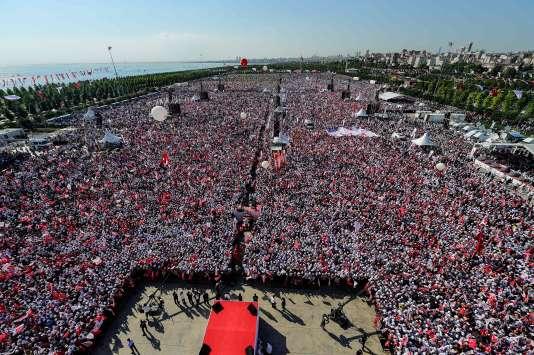 Rassemblement marquant la fin de la «marche pour la justice», à Istanbul (Turquie) le 9 juillet.