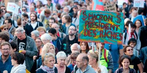 Les riches, grands gagnants des premières mesures de Macron, selon l'OFCE