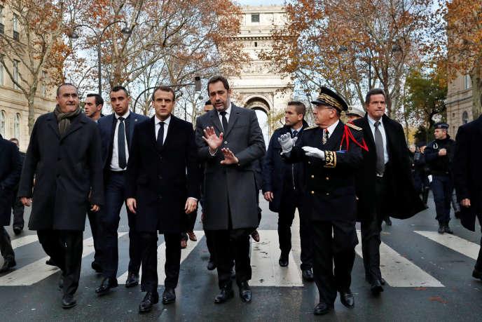 Emmanuel Macron et Christophe Castaner, à Paris, le 2 décembre.