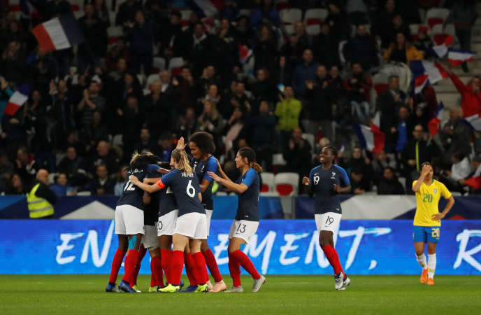 During the victory (3-1) against Brazil, November 10, at Allianz Riviera of Nice.