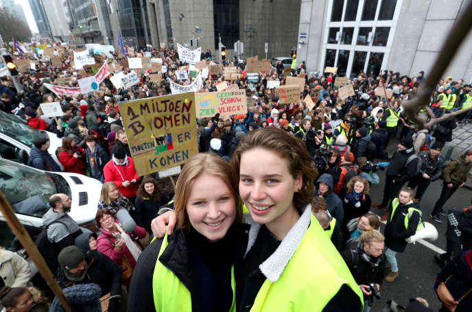 Anuna De Wever (left) and Kyra Gantois at the January 31st event in Brussels.