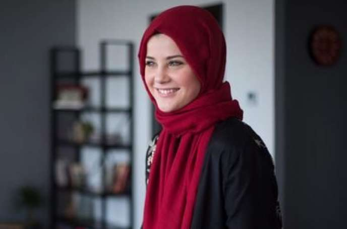 Photo officielle de la Libyenne Najla Al-Missalati, cofondatrice de SheCodes.