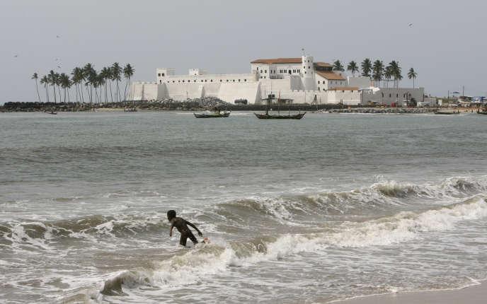 Le fort St. George d'Elmina, près de Cape Coast, au Ghana, était l'un des principaux centres de la traite négrière sur la côte guinéenne au XVe siècle. Ici, en mars 2007.