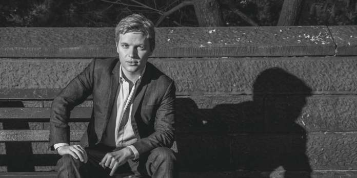 Ronan Farrow, American journalist whose investigative reporting is misconduct by Harvey Weinstein, Eric Schneiderman and The Moonves, in New York, on October 8, 2018. Farrow is the son of actress / activist Mia Farrow and filmmaker Woody Allen. *** Local Caption *** Ronan Farrow journalist writer COLOR america american lawyer