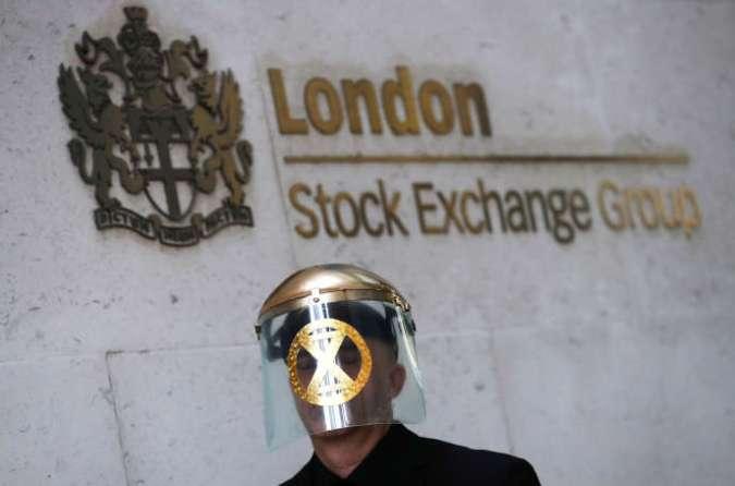 Manifestation devant le siège de la Bourse de Londres, le 25 avril 2019.