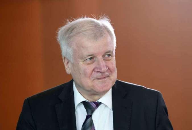 Le ministre allemand de l'intérieur, Horst Seehofer, à Berlin, le 30 avril.