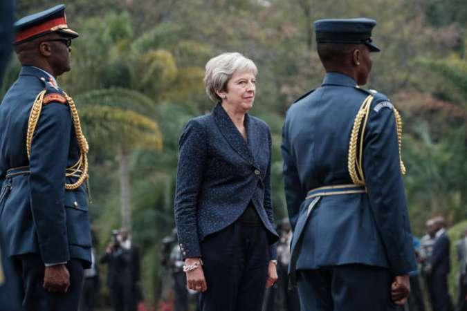 La première ministre britannique, Theresa May, lors d'une visite à Nairobi, au Kenya, le 30août 2018.
