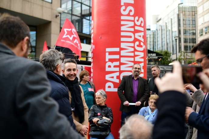 Ian Brossat, top of the list of the CPF in the European, in front of the CNews store in Boulogne-Billancourt, on April 8th.