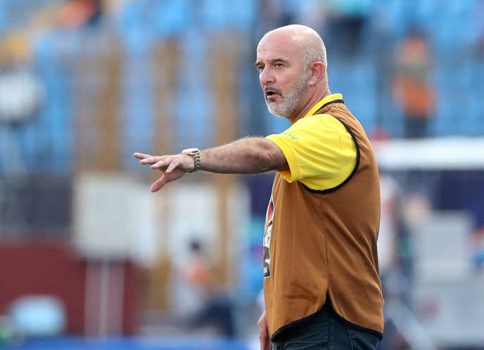 The coach of the Malagasy Zebu, Nicolas Dupuis, in the stadium of Alexandria, Egypt, July 7, 2019.