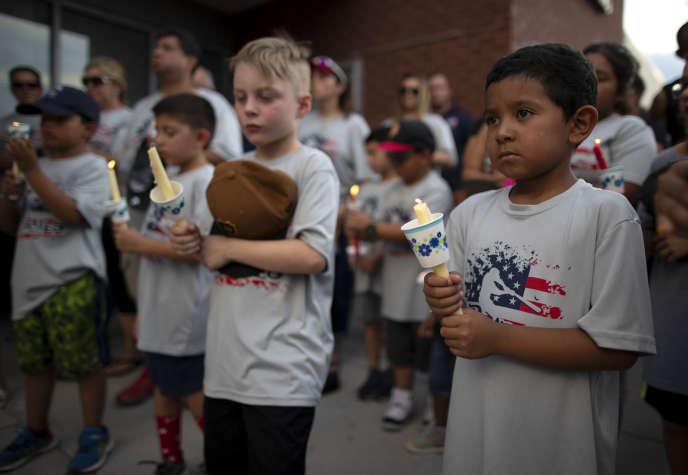 Beaucoup d'enfants étaient présents lors d'une veillée organisée pour les victimes de la fusillade de masse de samedi à El Paso, le 4 août.