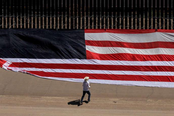 Les immigrants qui seront jugés susceptibles de devenir des «charges pour la société» se verront refuser l'accès au territoire.