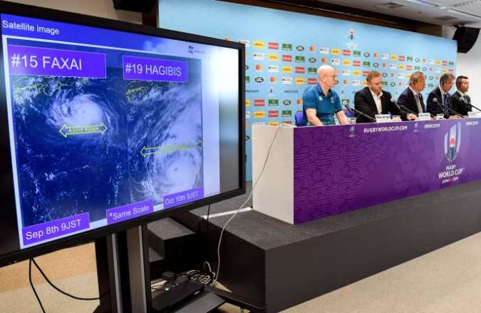 Le directeur de la Coupe du monde 2019, Alan Gilpin, a annoncé jeudi à Tokyo l'annulation de deux matchs prévus samedi : France-Angleterre et Nouvelle-Zélande-Namibie.
