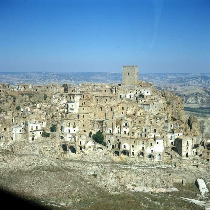 Le village fantôme de Craco, dans le sud de l'Italie.