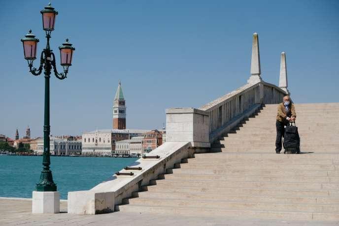 Venezia, Mercoledì, 22 Aprile.