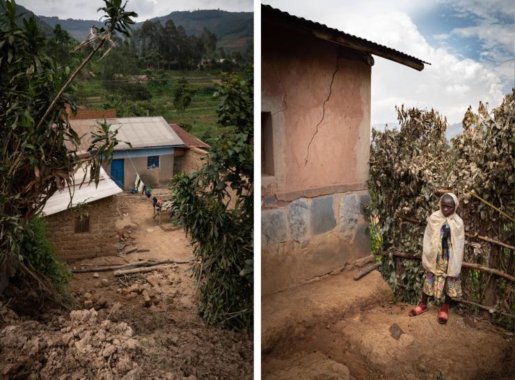 Le mur d'une maison du village de Rusambya le 27 décembre 2020, dans le district de Gicumbi, province du nord du Rwanda, détruit par un glissement de terrain la semaine précédente. A droite, Régine Uwingabiye, 12 ans, à côté de sa maison fissurée.