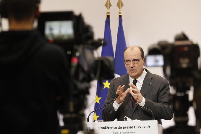 Lors de la conférence de presse sur les mesures de lutte contre le Covid-19, le 4 février à Paris.