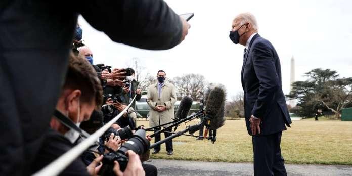 Joe Biden assure que Vladimir Poutine « paiera les conséquences », alors  que la Russie est accusée d'ingérence électorale