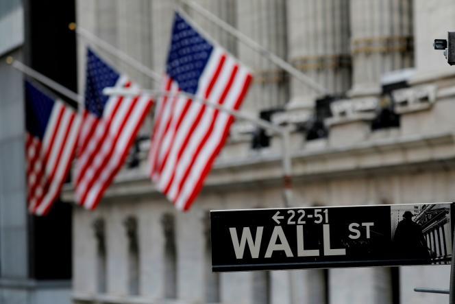 Devant la Bourse de New York, le 28 janvier 2021.