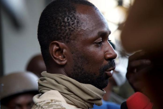 Le colonel malien Assimi Goïta lors d'une réunion à Bamako, le 19 août 2020.