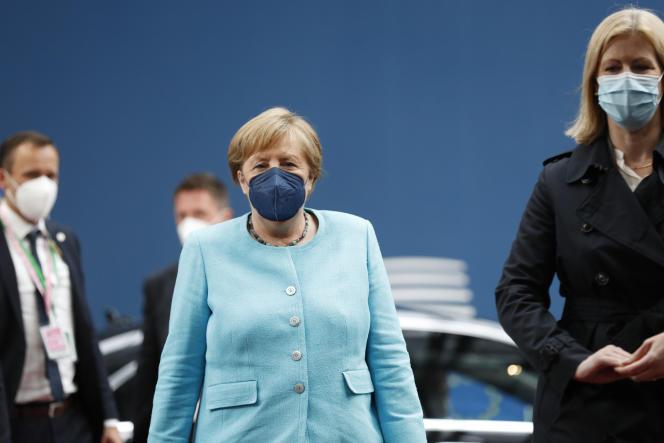 Angela Merkel arrive pour un sommet de l'UE au bâtiment du Conseil européen à Bruxelles, le jeudi 24 juin 2021.