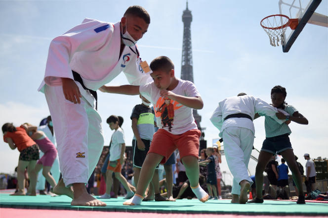 Judo discovery session at the Trocadero, twenty-four hours before the opening of the Tokyo Olympics, July 23, 2021.