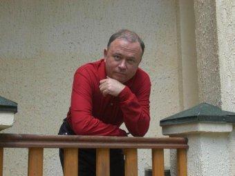 Андрей Караулов. Фото с сайта moment-istini.ru