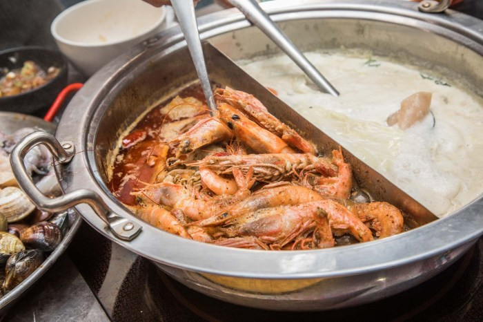 [新北中和]中和吃到飽推薦,498元頂級食材外加哈根達斯通通吃到飽啦!八海食潮當代鍋物
