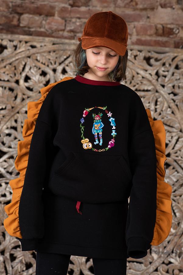 Свитшот детский утепленный черный с вышивкой