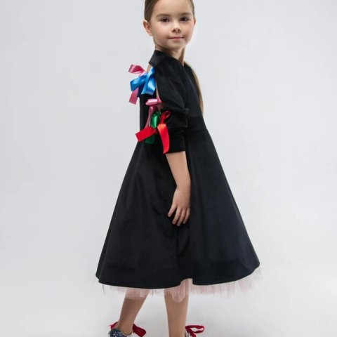 Платье детское из черного бархата с подъюбником