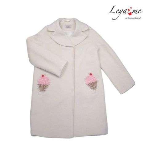 Пальто детское бело-молочное со съемными элементами на девочку