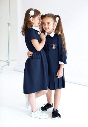 Синее школьное платье-поло с застежкой