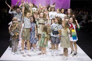 Фото и видео с показа Leya.me на Moscow Fashion Week