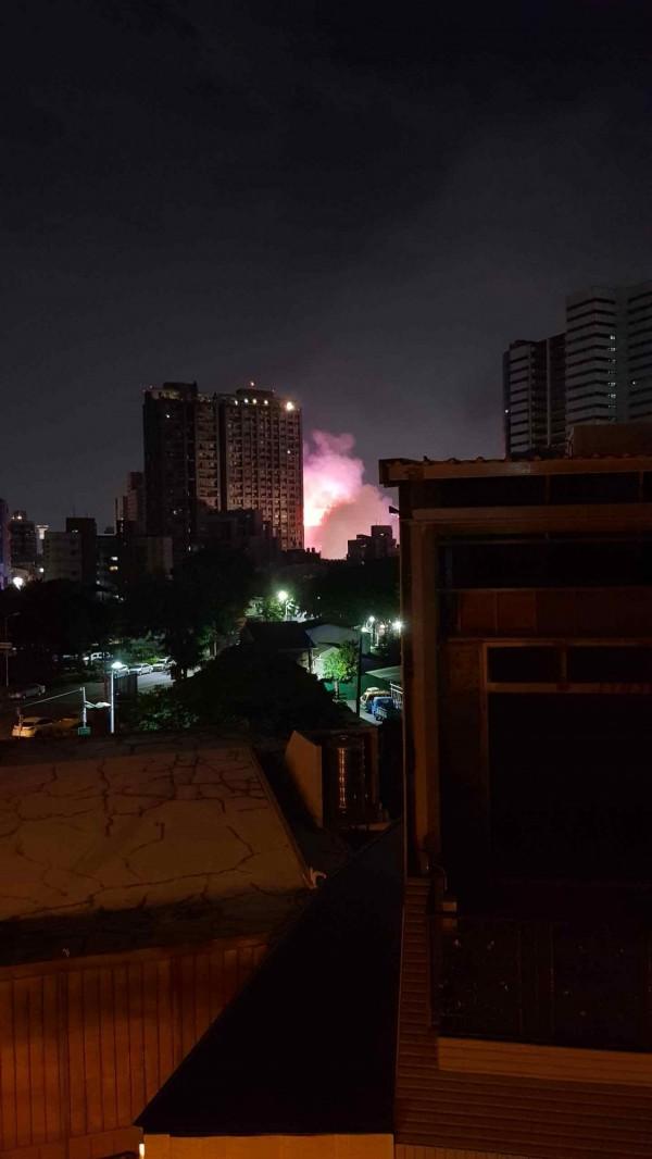 中秋辦烤肉趴燒到民宅?臺中西區驚傳失火 - 生活 - 自由時報電子報