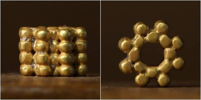 以色列1名住在耶路撒冷的男孩發現3000年前的金珠。(圖取自TEMPLE MOUNT SIFTING PROJECT)