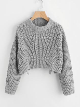 15 Cute Crop Top Sweater Outfits To Wear This Winter - Society19