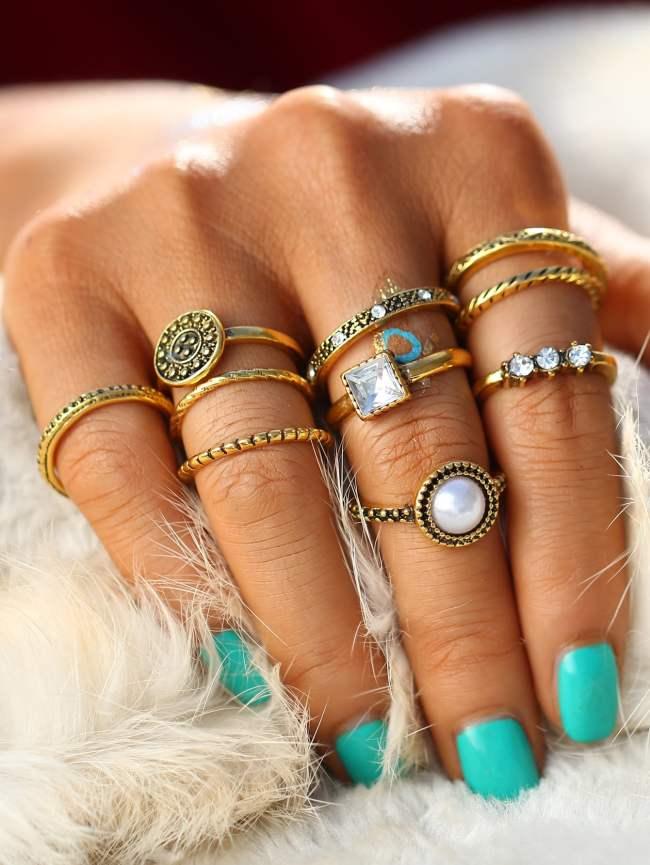 SheIn Faux Pearl & Gemstone Detail Ring Set