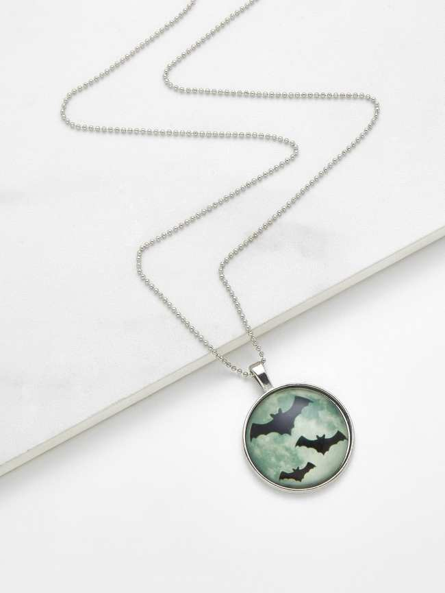SheIn Glass Luminous Bat Pendant Chain Necklace