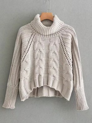 This item looks great with warm but cute outfits for winter!
