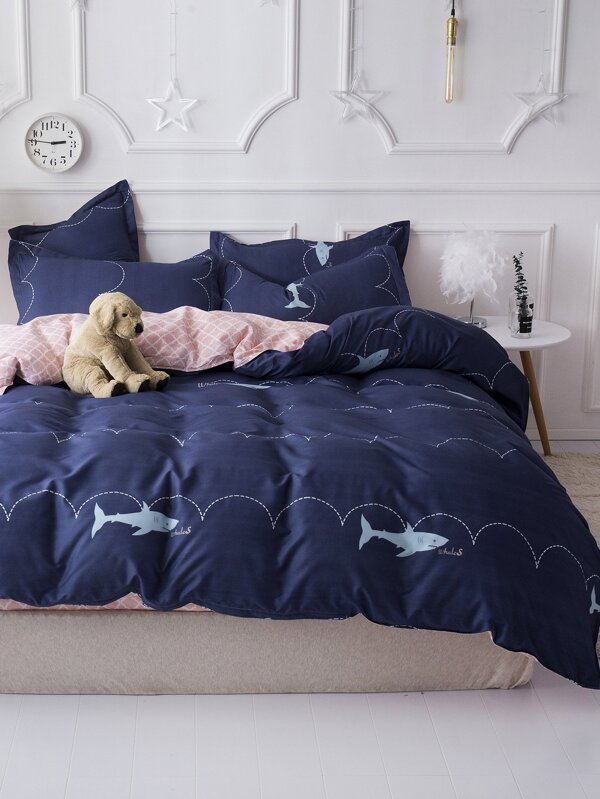 Bedroom ideas - bedding set ,Gingham & Shark Sheet Set