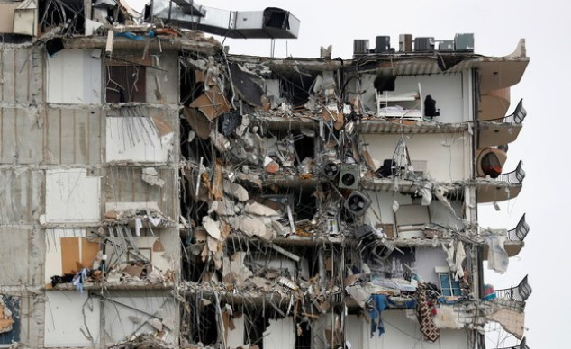 Building collapsed in Miami United States (Photo: Reuters)