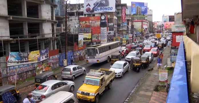 ഇഴഞ്ഞു നീങ്ങി ബൈപാസ് നിർമ്മാണം; പ്രതിഷേധവുമായി നാട്ടുകാർ   Thiruvalla    Traffic   Bypass   Nattuvartha Central   Malayala Manorama   Manorama News
