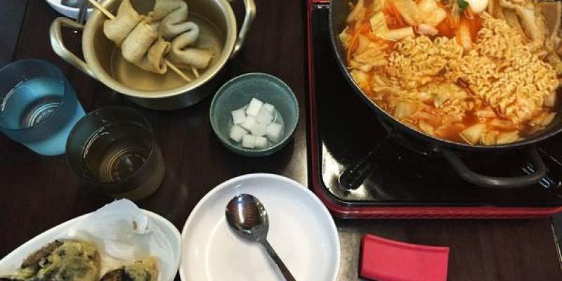 台中北區美食|求求辣年糕GOO GOO DO BO GI--道地韓式料理@一中商圈