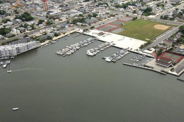 Little Egg Harbor Yacht Club In Beach Haven NJ United