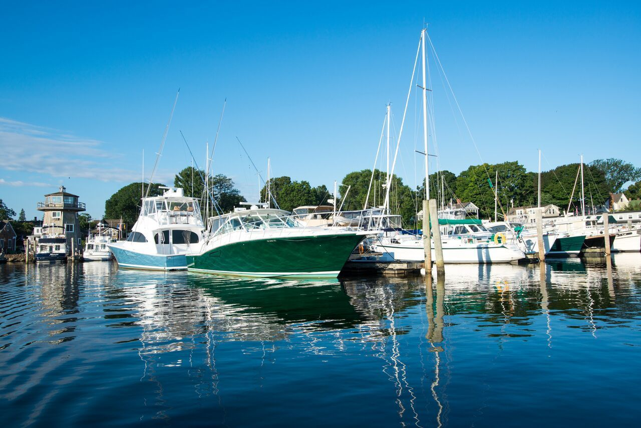 Brewer Dauntless Shipyard In Essex CT United States