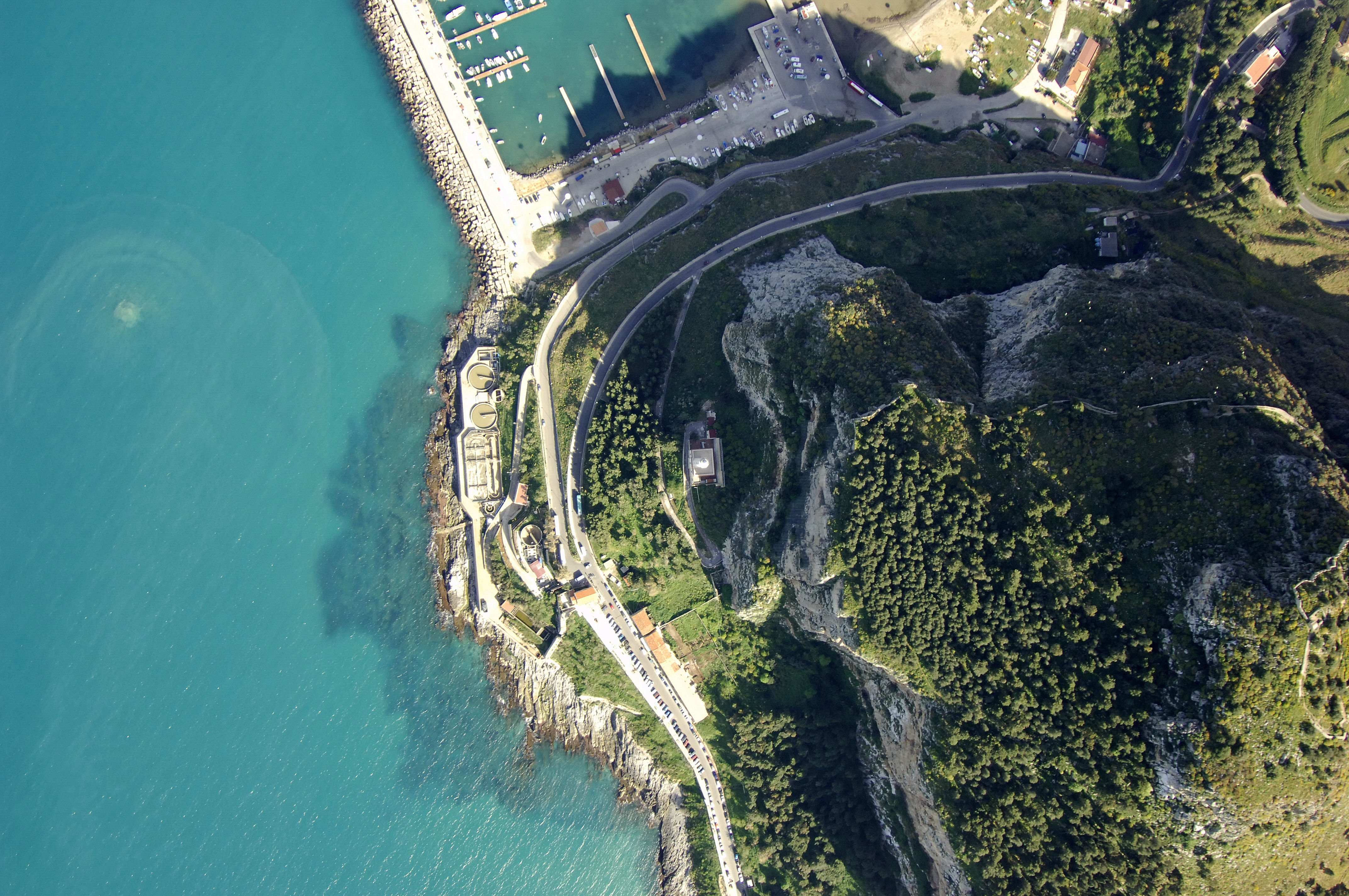 Cefalu Light Lighthouse In Cefalu Sicily Italy Lighthouse Reviews Phone Number