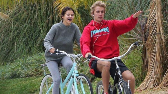 Image result for Justin Bieber,  Selena Gomez'