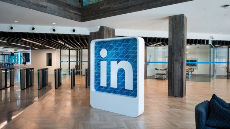 linkedin news her ie