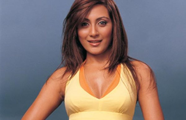 Rimi Sen Photo Gallery: Hot Photos, Images And Wallpapers ...