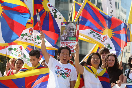 A German protest against Chinese presence in Tibet