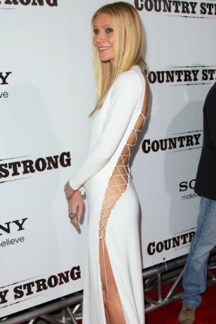 Gwyneth Paltrow goes commando (Rex)